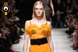 Rochas: Venus in Mud and Buttercup