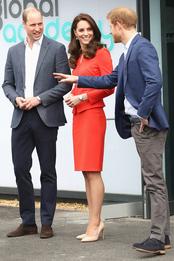 Принц Уильям, Кейт Миддлтон и принц Гарри в Хайесе