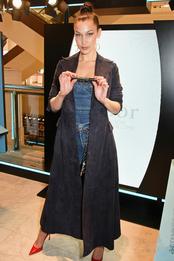 Белла Хадид в Christian Dior на презентации туши Diorshow Pump'N'Volume в Лондоне