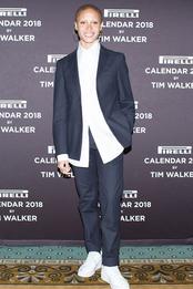 Адвоа Абоа на фотоколле календаря Pirelli 2018 в Нью-Йорке