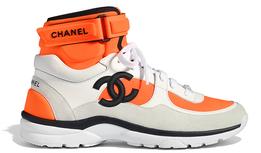 Вещь дня: апельсиновые хайтопы Chanel