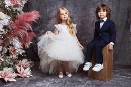 Лукбук дебютной коллекции Valentin Yudashkin Kids осень-зима 2018