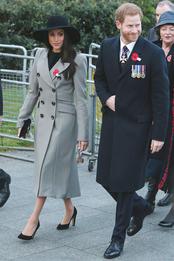 Меган Маркл и принц Гарри на службе в День памяти солдат в Лондоне