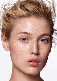 Желтые тени, бургунди на губах и другие бьюти-приемы визажиста Sisley Англомы