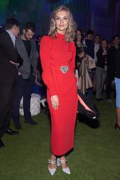 Юлия Матвиенко в Alessandra Rich на праздновании юбилея «МегаФон» в Санкт-Петербурге