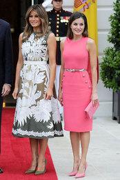 Мелания Трамп в Valentino и королева Испании Летисия в Michael Kors в Белом доме