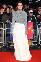 Кира Найтли в Chanel на премьере фильма «Колетт» в Лондоне