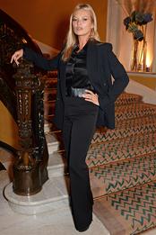 Кейт Мосс в Michael Kors Collection на вечеринке по случаю презентации коллаборации Michael Kors x David Downton в Лондоне