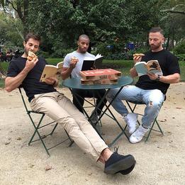 3 инстаграма с очень красивыми парнями