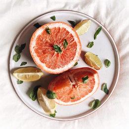 Какие витамины пить весной для красивой и сияющей кожи