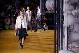 Что означает углеродная нейтральность Gucci и Burberry