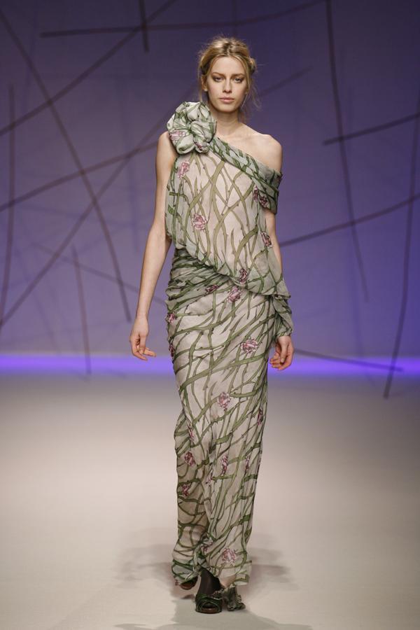 Новая коллекция женской одежды на осенне-зимний сезон 2013-2014 от известной французской марки emanuel ungaro